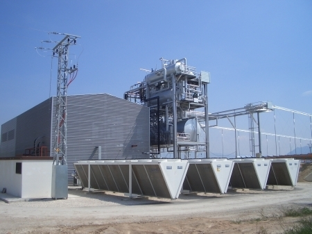 Solar Station -  Almeria,  Spain - Indirect condensing steam of thermodynamic cycle - EHLD1N 2287B dry cooler  with 16 fans