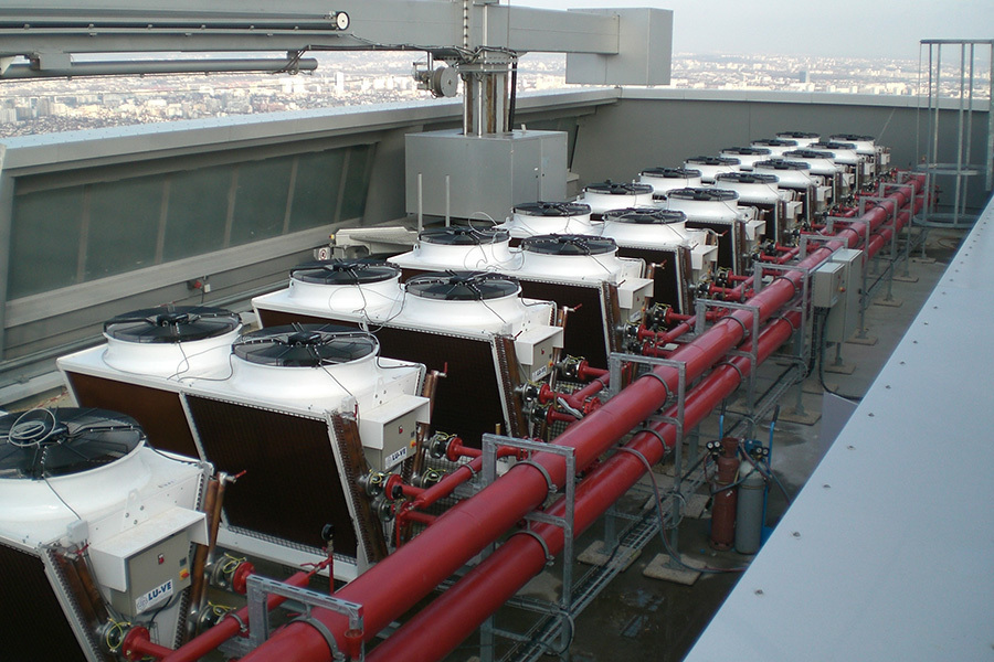 TOUR T1 - Courbevoie (Faubourg l'Arche), Paris, France - Data centre air conditioning - 12 SDHLF dry coolers