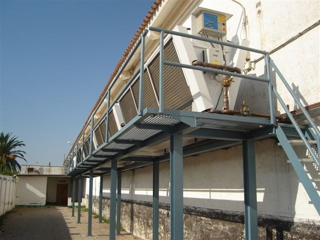 NAVAL BASE - Rota di Cadice - Spain.4 air cooled condensers model SDHVN 258 with fan regulation