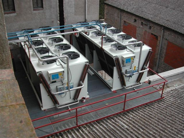 CASADEMONT Salami factory - Spain.SHVDN 805 air cooled condensers with regulation