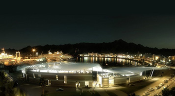 The Fish Market is located at the heart of Mutrah, and is essential for both the continuation of historical trading traditions and the needs of Oman's growing tourism industry. <br>